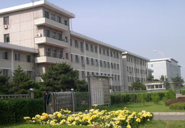 北京东城区电大的学习形式是怎样的?开设专业有哪些?