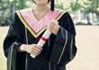 女生学电子商务专业就业方向怎么样